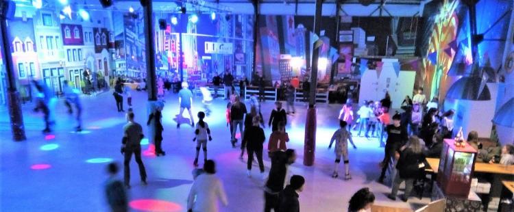 rollergliss-la-garde-piste-roller-famille-patin-roulette-83